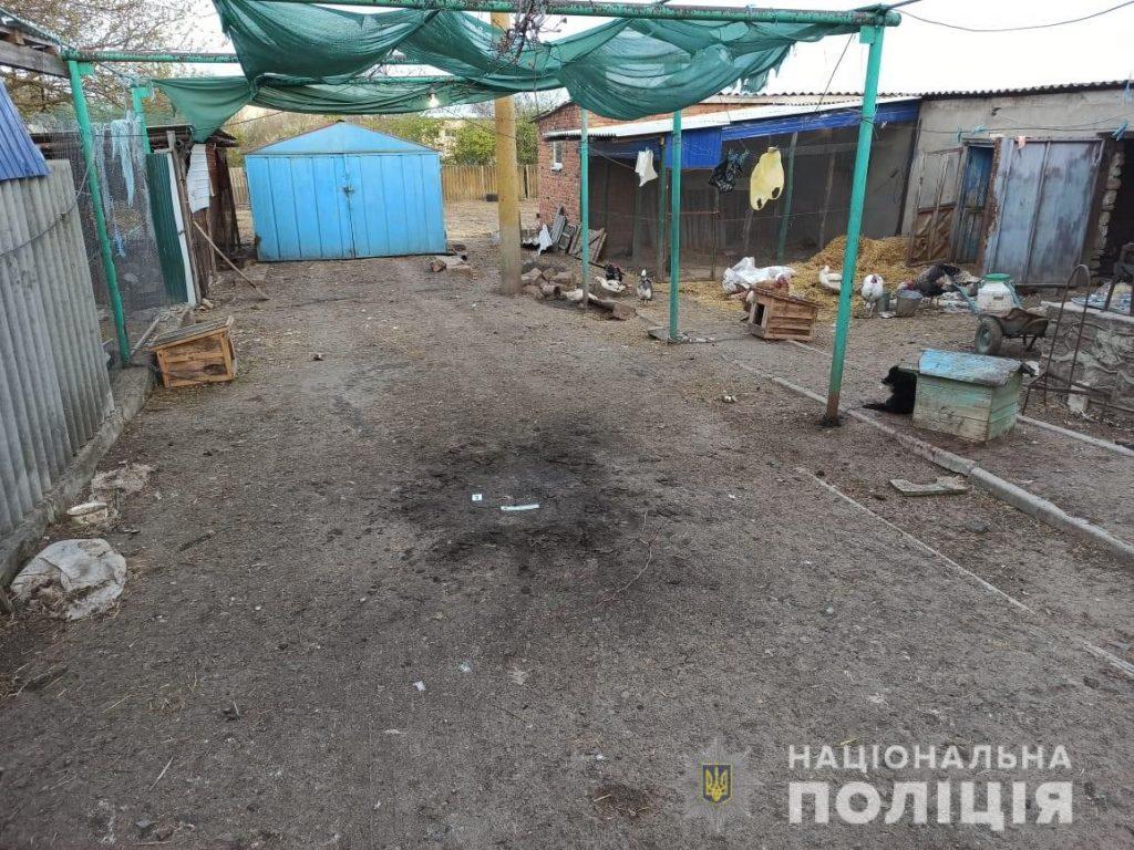 На Николаевщине во двор сельской жительницы бросили гранату РГД-5 - прогремел взрыв (ФОТО) 1