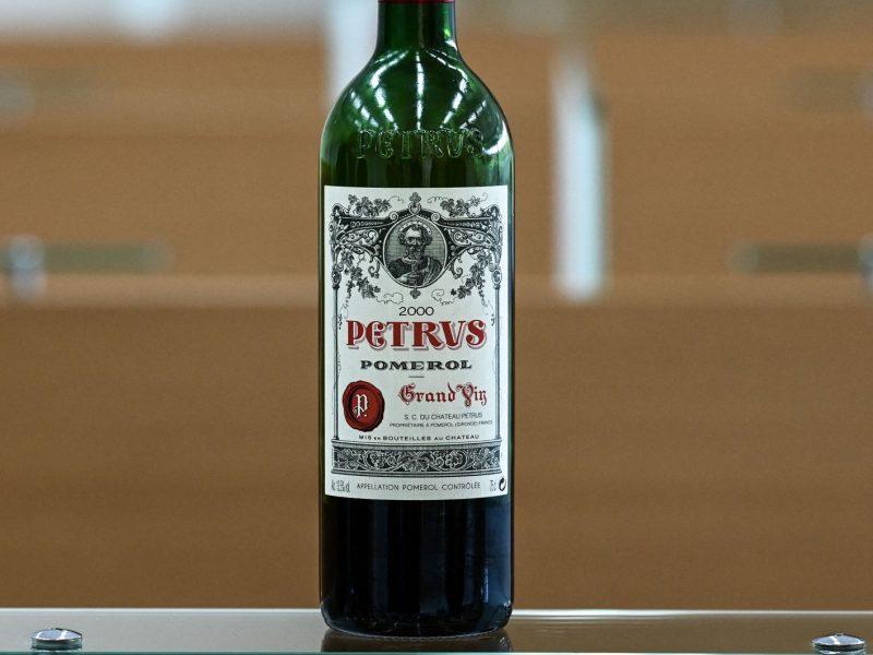 На аукционе Christie's продадут «космическое вино» – хотят выручить $1 млн.