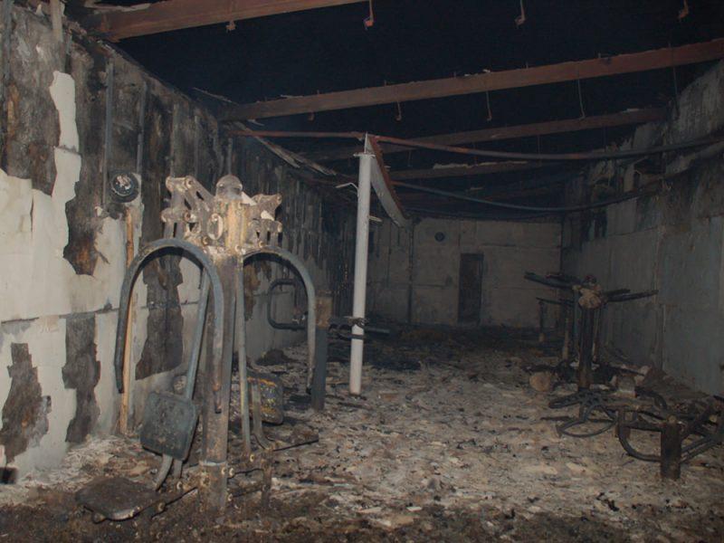 В селе на Николаевщине горел спорткомплекс. И чуть не сгорела школа (ФОТО)