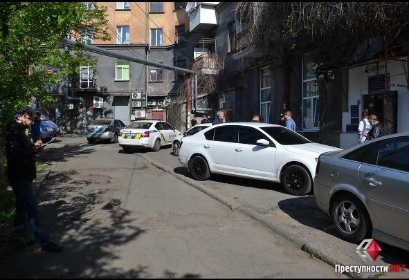 В центре Николаева в квартире нашли труп убитого мужчины (ФОТО) 3