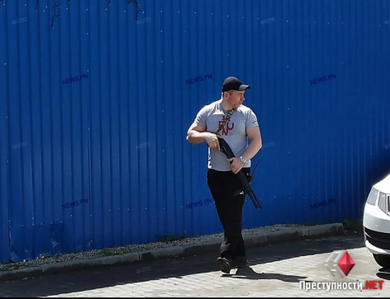 Спустя 5 дней после смерти директора Симченко Николаевский тепловозоремонтный завод заблокирован (ФОТО) Обновлено 1