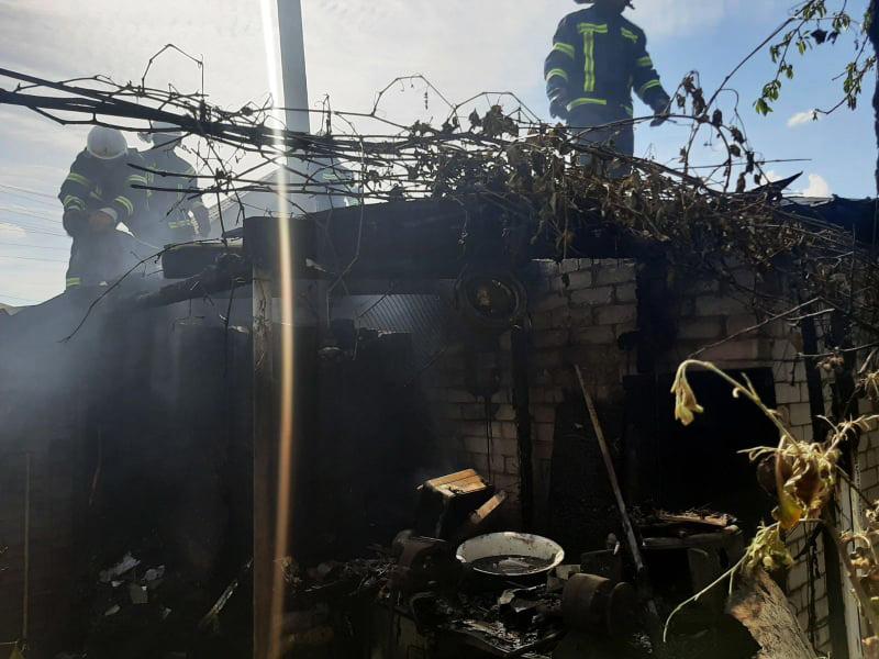 В Мешково-Погорелово горела хозпостройка (ФОТО)