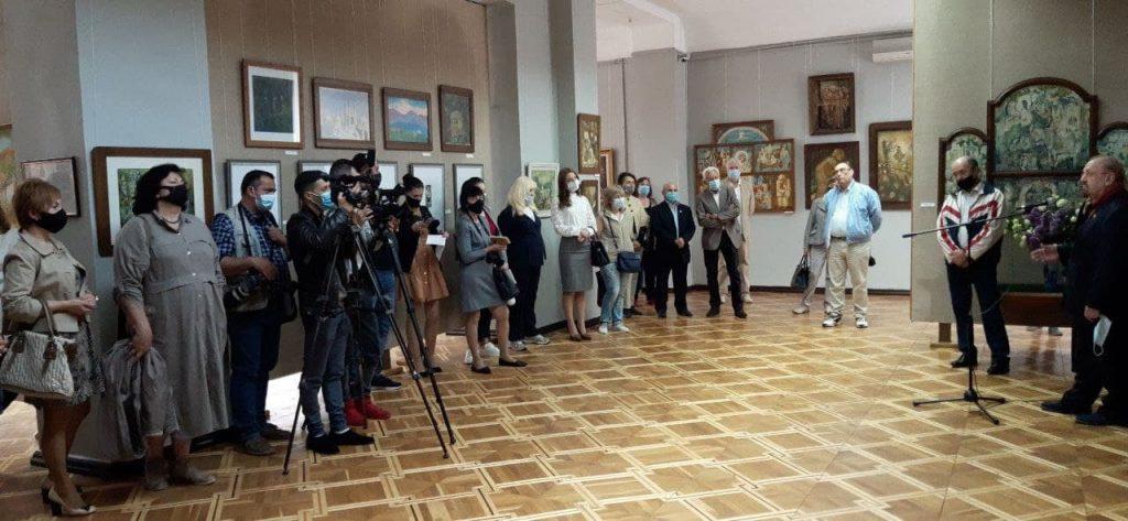 В Николаевском художественном музее открылась постоянно действующая экспозиция картин Андрея Антонюка (ФОТО) 3