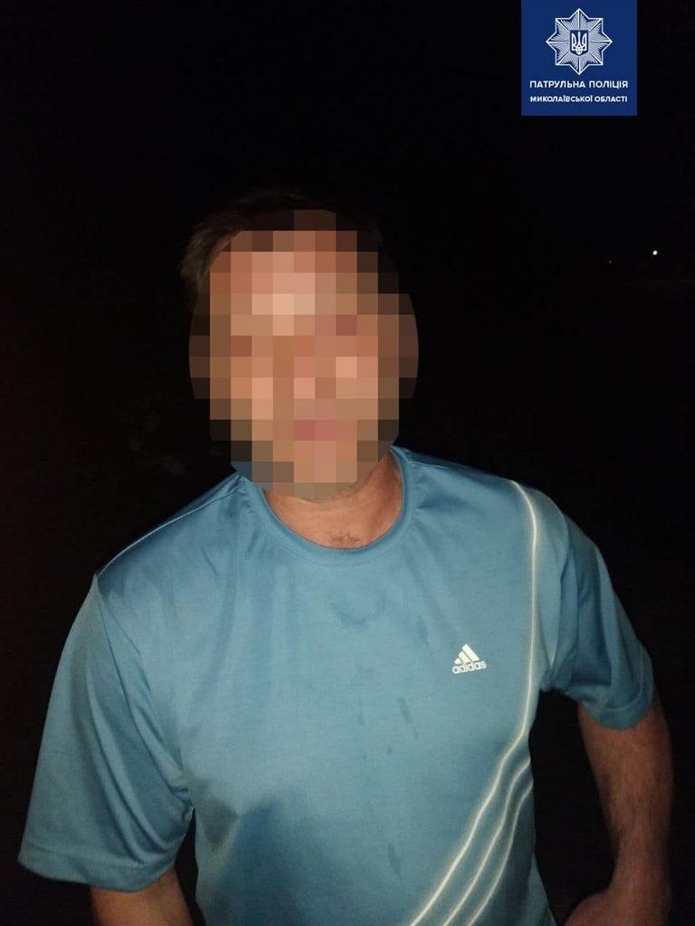 В Николаеве патрульные задержали пьяного водителя, который совершил ДТП и скрылся с места происшествия (ФОТО) 3