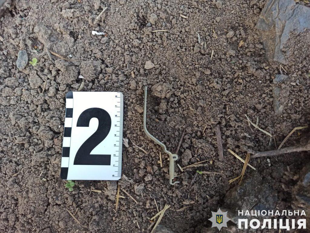 На Николаевщине во двор сельской жительницы бросили гранату РГД-5 - прогремел взрыв (ФОТО) 3
