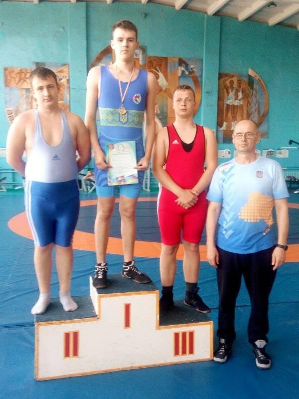 Николаевцы завоевали 7 наград чемпионата Украины по вольной борьбе среди спортсменов с нарушениями слуха (ФОТО) 5