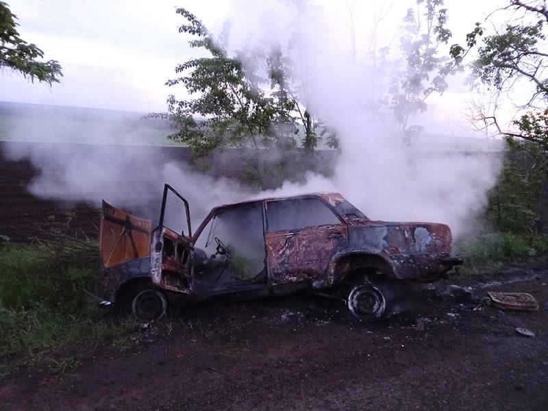 За ночь на Николаевщине на ходу загорелись 2 машины (ФОТО)