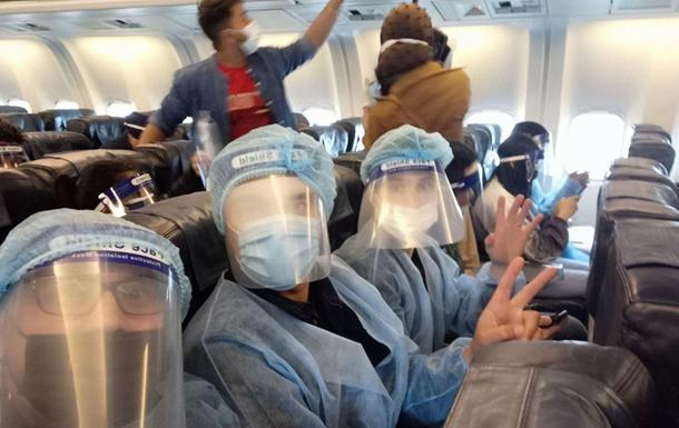 Украина отправила в Индию две сотни кислородных концентраторов