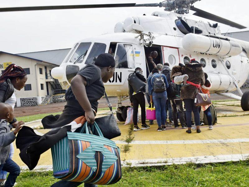 Извержение вулкана в Конго: украинские миротворцы эвакуируют жителей Гомы (ФОТО)