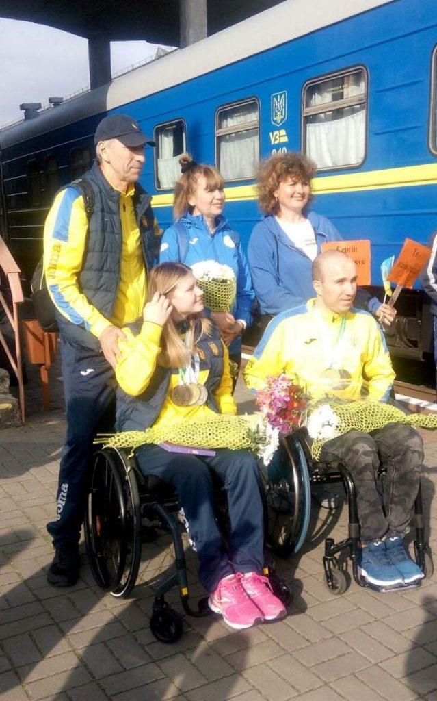 В Николаеве встретили пловцов-паралимпийцев, завоевавших на чемпионате Европы 7 медалей (ФОТО) 9