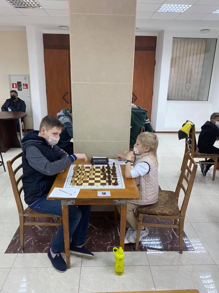 В Николаеве стартовал шахматный «Мемориал Николая Шелеста» - шахматисты приехали даже из Еревана (ФОТО) 13