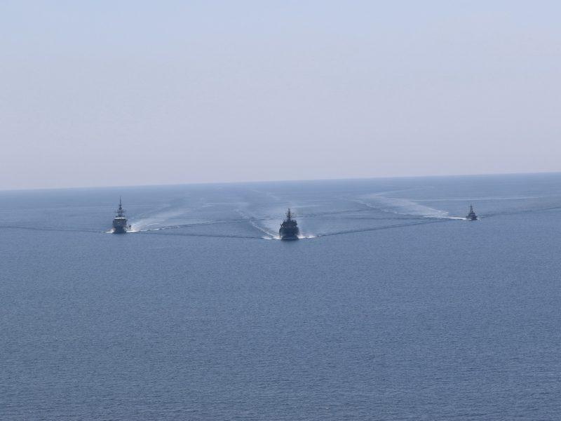 В Черном море ВМС Украины и Великобритании провели совместную тренировку типа PASSEX – за ходом тренировок следили россияне (ФОТО, ВИДЕО)