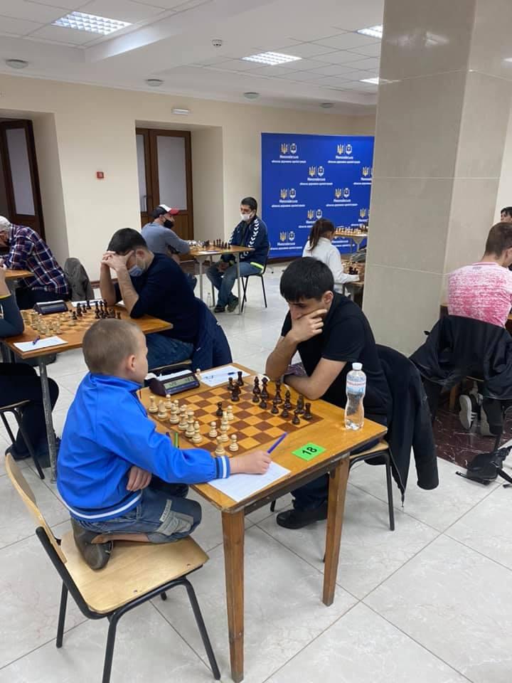 В Николаеве стартовал шахматный «Мемориал Николая Шелеста» - шахматисты приехали даже из Еревана (ФОТО) 1