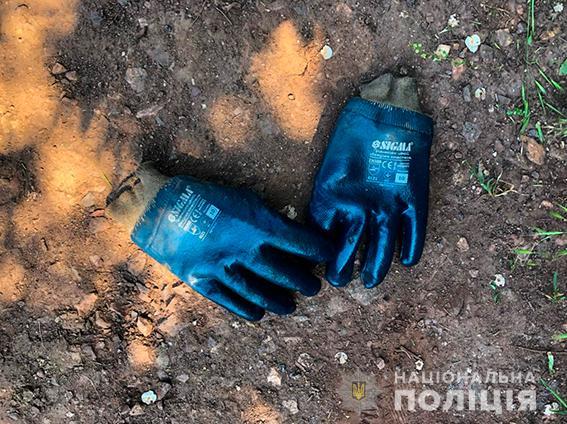 Четверо жителей Николаева и трое работников «Укрзализныци» систематически сливали с поездов дизтопливо - часть воров задержали (ФОТО, ВИДЕО) 15