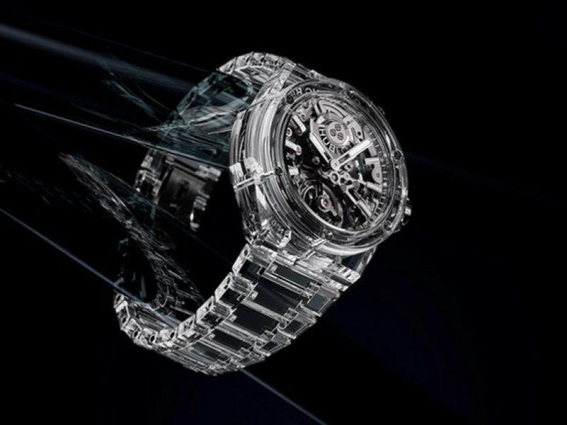 В Швейцарии выпустили часы, корпус и браслет которых выполнены из сапфира
