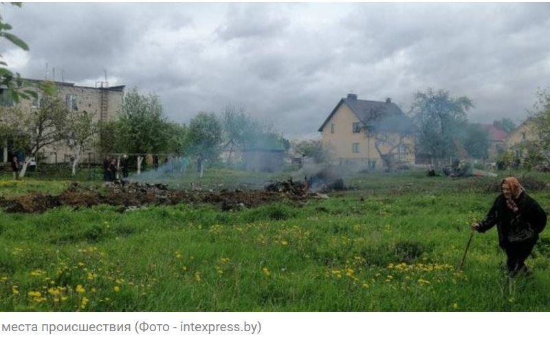 В Беларуси разбился военный самолет – упал на жилой район в Барановичах (ФОТО, ВИДЕО)