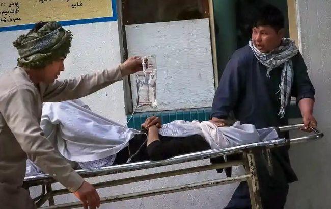 Взрыв бомбы возле школы для девочек в Афганистане: 55 погибших, 150 раненых