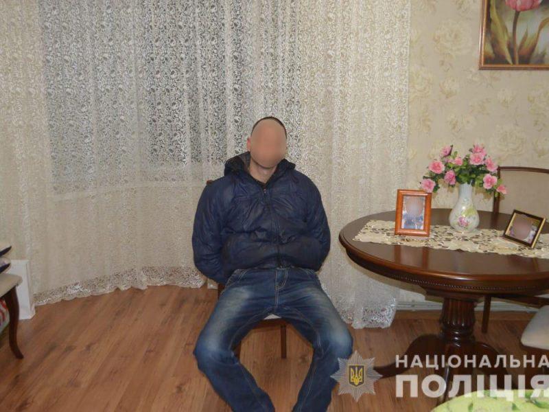 """В Первомайске полиция задержала опытного """"домушника"""" на месте кражи"""