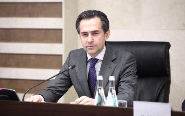 Налоговик Любченко назначен первым вице-премьером и министром  экономики
