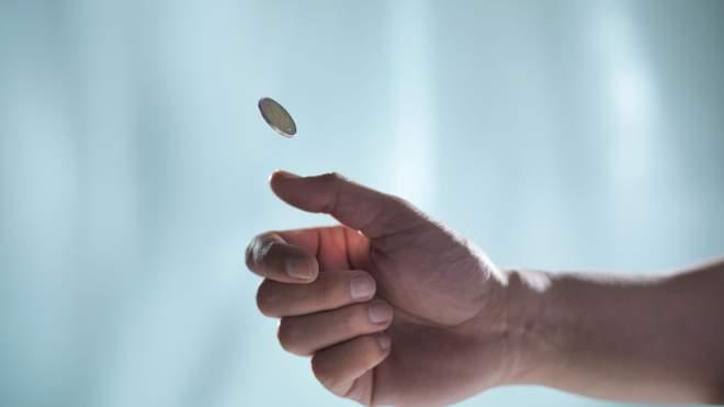 В британском городе подбрасывали монетку, чтобы выбрать победителя выборов