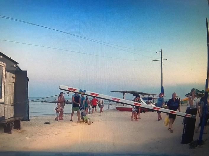 На курортах Украины жара спадает, море теплое, дождит