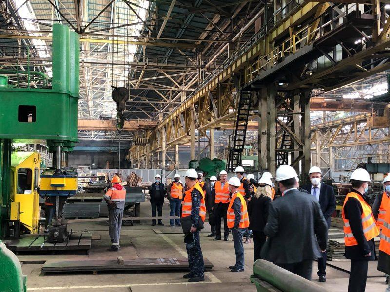 Строительство ракетных катеров для ВМСУ: британские эксперты посетили николаевские заводы