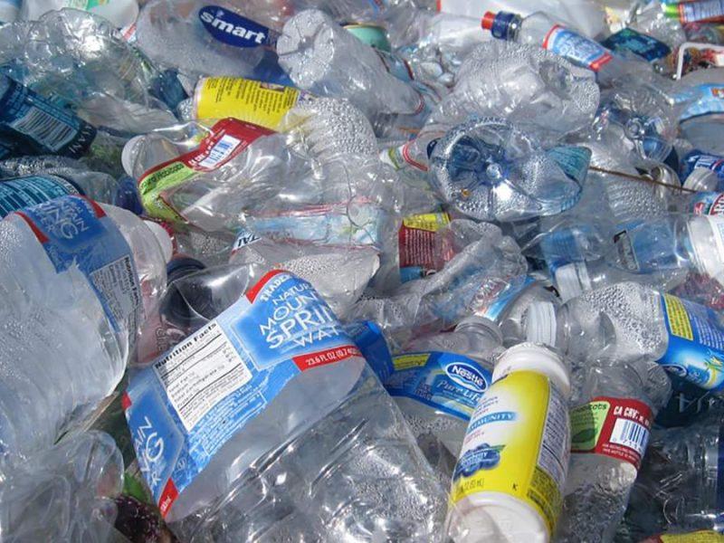 В США научились превращать пластик в реактивное топливо и не только