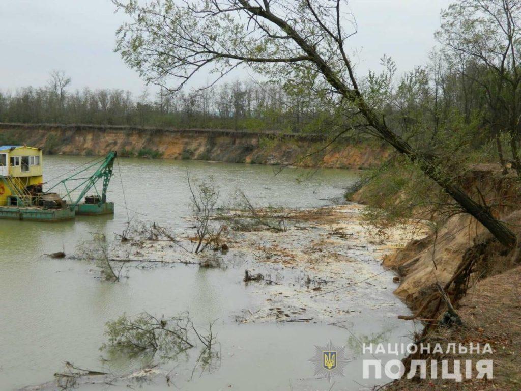В Вознесенском районе ради незаконной добычи песка уничтожили лес (ФОТО) 1