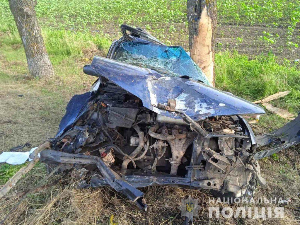 Ночное ДТП на Николаевщине - водитель Honda умер в больнице (ФОТО) 3