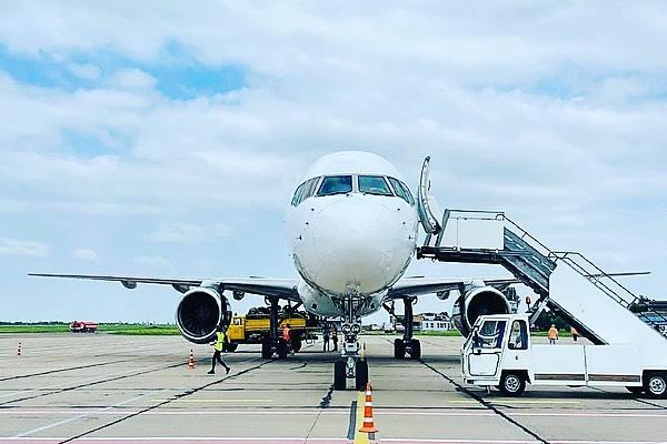 Sea Breeze-2021: Николаевский аэропорт впервые принял Boeing 757 (ФОТО)