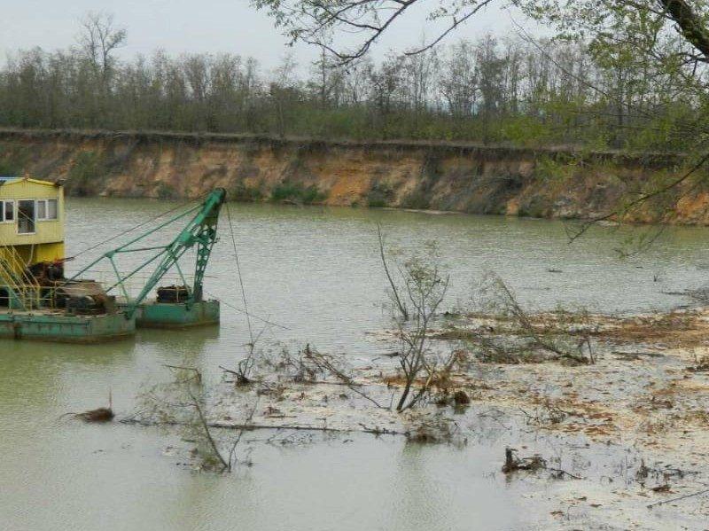 В Николаевской области за незаконную добычу песка будут судить директора ЧАО