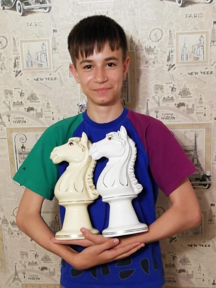 Юные николаевские шахматисты завоевали две медали чемпионата Украины до 18 лет (ФОТО) 3
