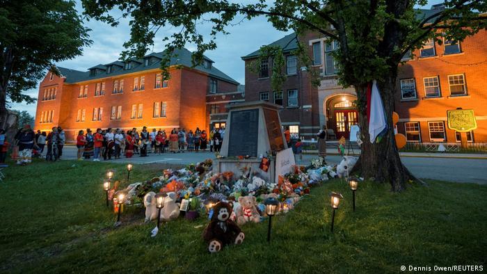 ООН требует от Канады и Ватикана проведения расследования смерти 215 детей коренных народов