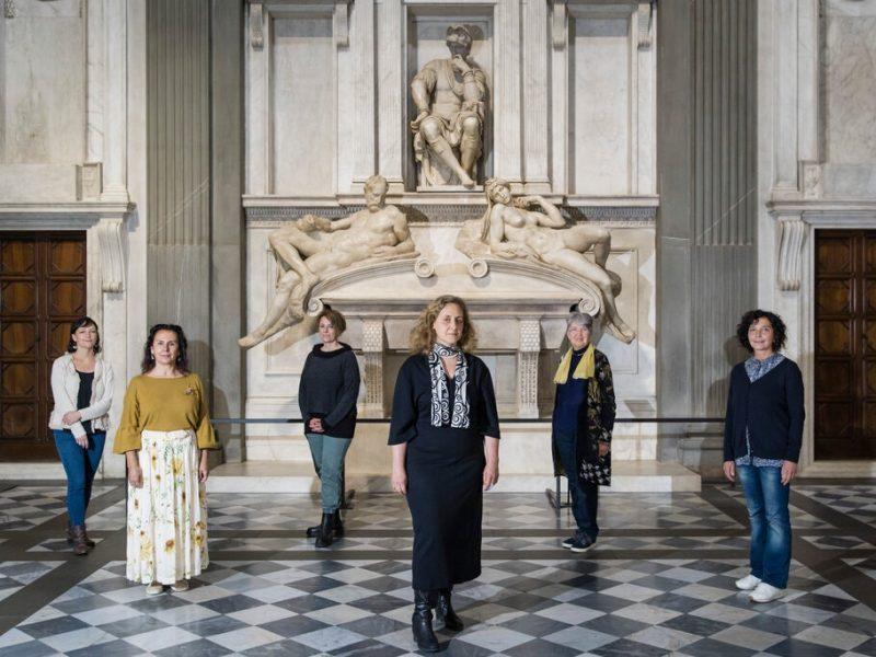 Творения Микеланджело во Флоренции отчистили с помощью бактерий