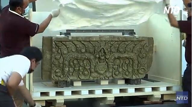 США вернули Таиланду тысячелетние артефакты, украденные контрабандистами в прошлом веке (ВИДЕО)