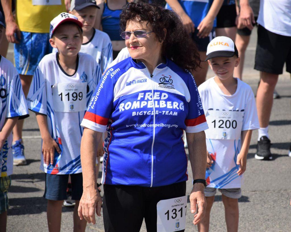 В Николаеве почти 1000 горожан приняли участие в забеге в честь «Олимпийского дня» (ФОТО) 19