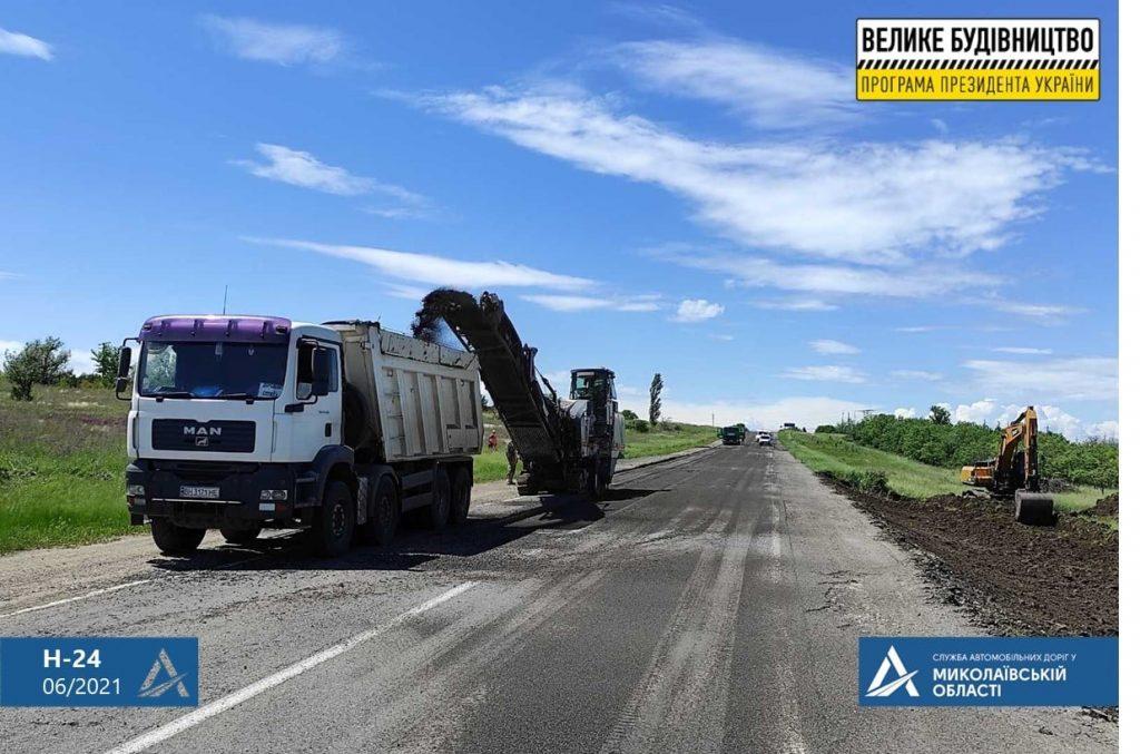 На Николаевщине строительство Троицкого моста ведется круглосуточно (ФОТО) 21