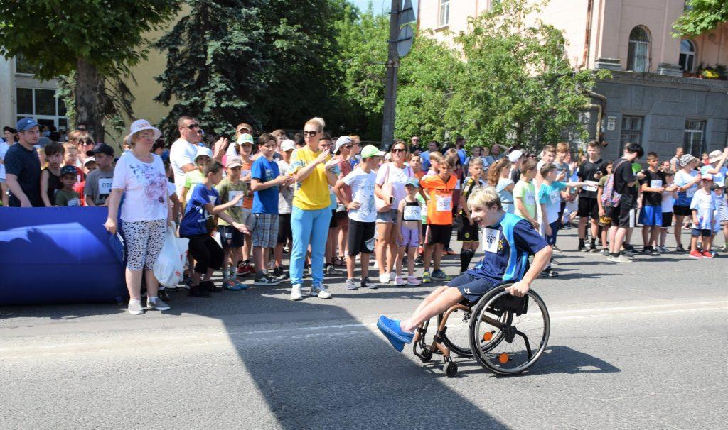 В Николаеве почти 1000 горожан приняли участие в забеге в честь «Олимпийского дня» (ФОТО) 25