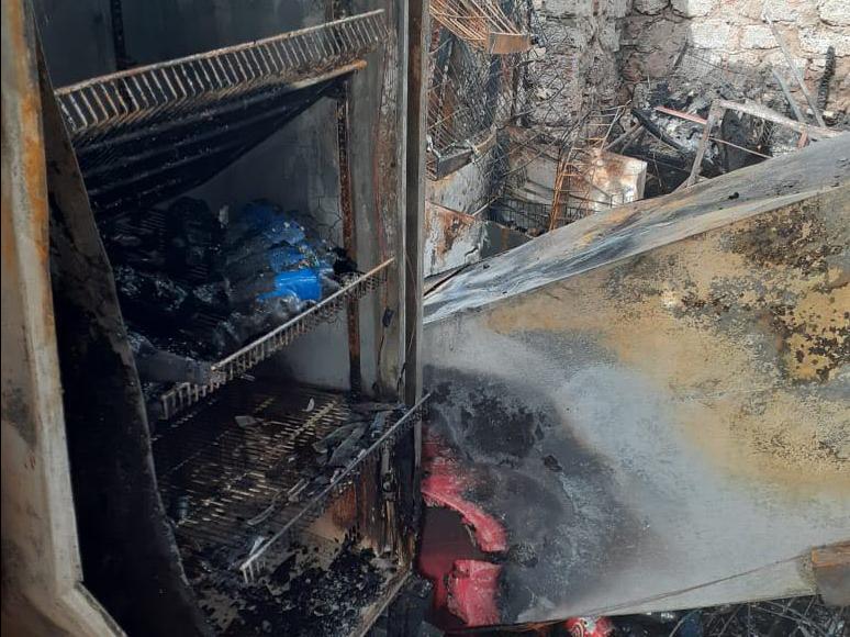 Николаевские спасатели тушили сельский магазин (ФОТО)