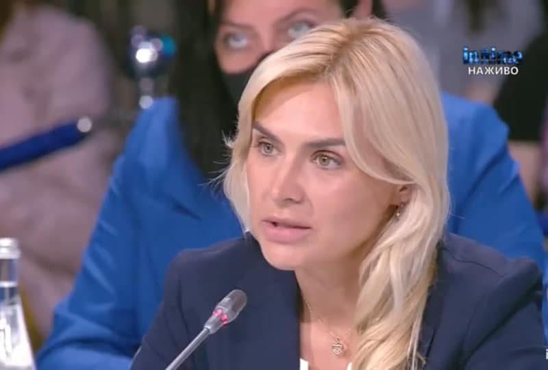 Глава Николаевская облсовета Анна Замазеева пригласила в гости Елену Зеленскую — через президента (ФОТО)