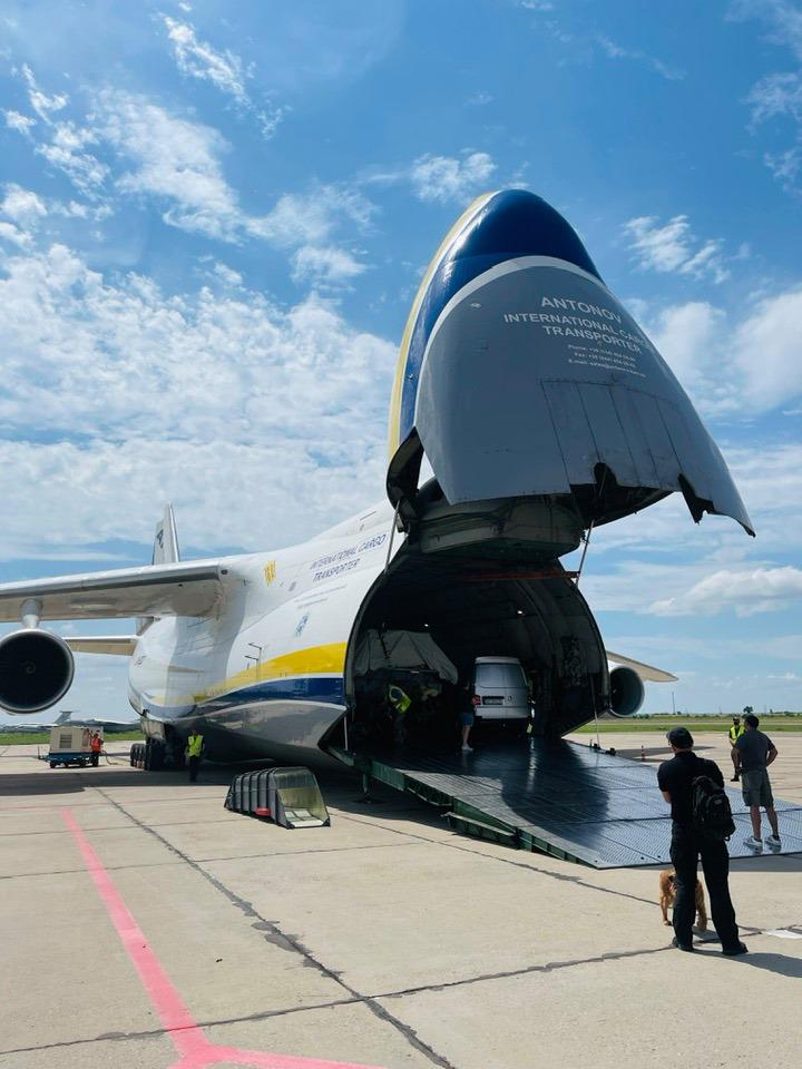 Николаевский аэропорт принял самолет «Руслан» 7