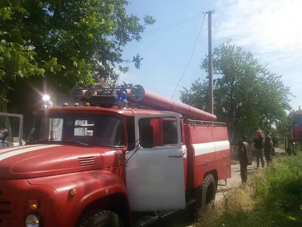 Холодильник, стиральная машина и домашние вещи: на Николаевщине тушили пожар в жилом доме (ФОТО) 5