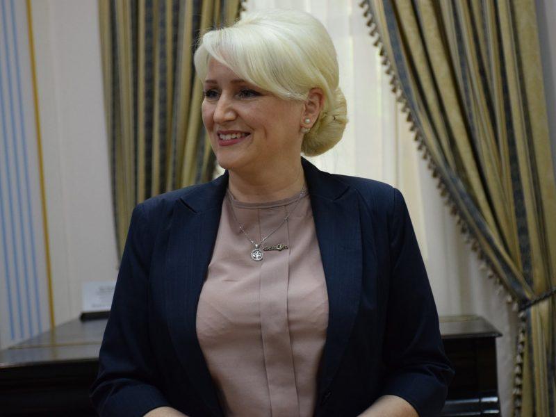 Представлен новый начальник управления культуры, национальностей и религий Николаевской ОГА (ФОТО)