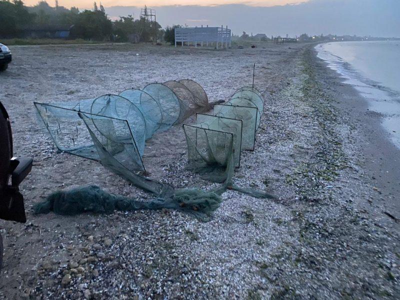 Выловили мальков камбалы и 4 кг креветки: в Рыбаковке пограничники выявили двух браконьеров (ФОТО)