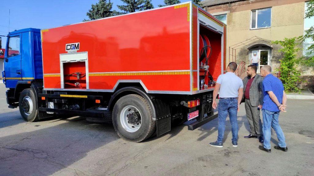 Теперь будет легче чистить ливневки: в Николаев прибыла новая спецтехника (ФОТО) 7