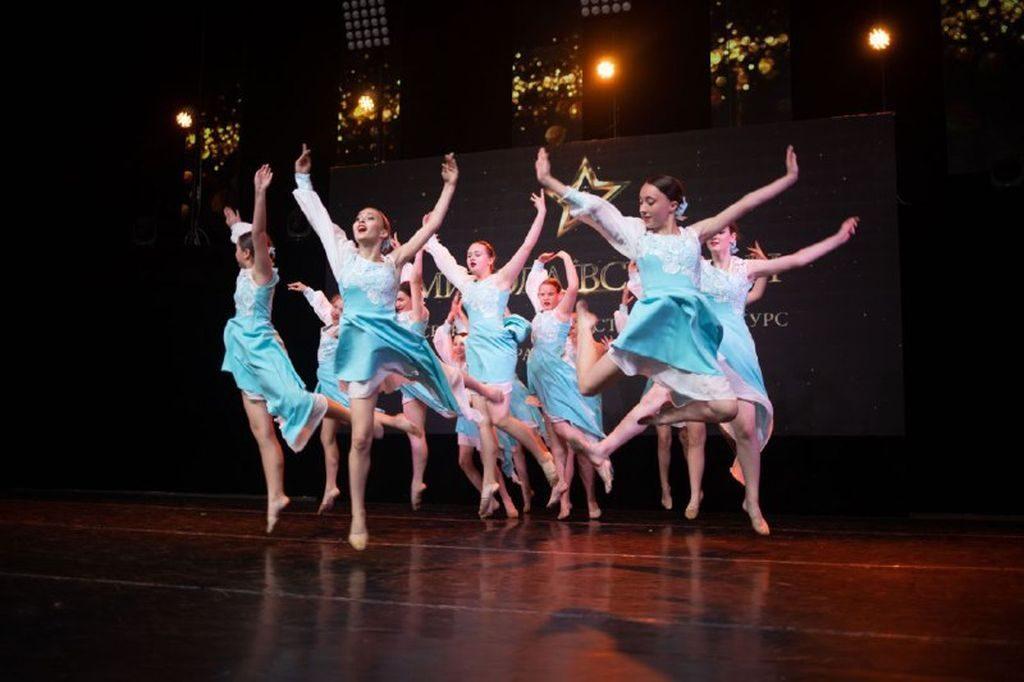 «Миколаївські зорі 2021»: Всеукраинский фестиваль-конкурс хореографического искусства собрал в Николаеве более 2 тысяч танцоров из 6 областей (ФОТО) 7