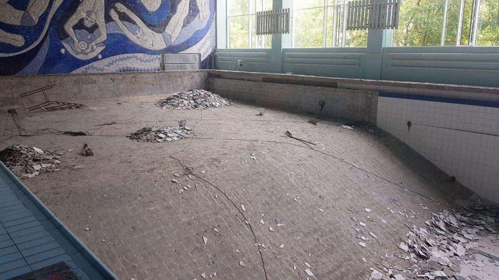 Начался ремонт чаши николаевского бассейна «Зоря» (ФОТО) 7