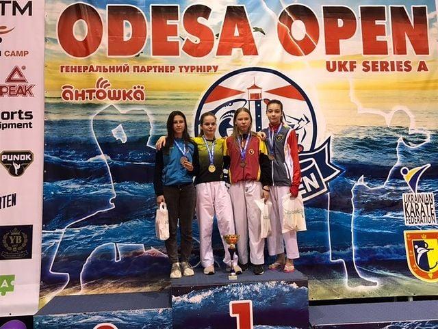 Юные каратисты из Николаева добыли на международном турнире в Одессе 44 награды (ФОТО) 15