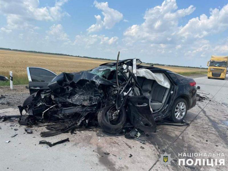 Жуткое ДТП на Николаевщине: трое погибли, двое пострадали, в том числе ребенок (ФОТО, ВИДЕО)
