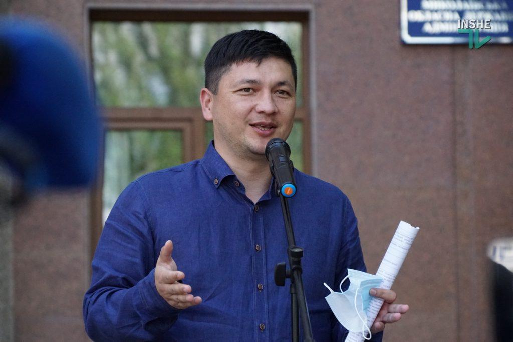 Николаевский областной центр экстренной медицины получил 6 современных реанимобилей (ФОТО) 11